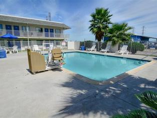 Motel 6-Galveston, TX