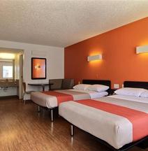 Motel 6 Albuquerque - Coors Road