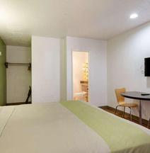 モーテル 6 サンタフェ プラザ ダウンタウン