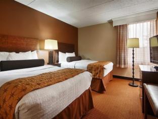 Best Western Plus Arbour Inn & Suites