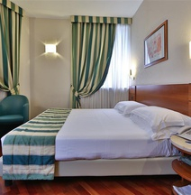 Hotel Mirage, Sure Hotel Collection by Best Western