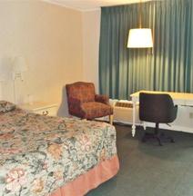 Azalea Inn & Suites