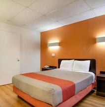 Motel 6 Salina