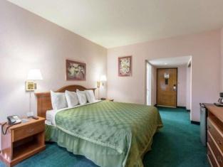 San Bernandino Inn & Suites