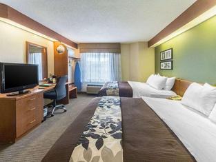 Sleep Inn & Suites Acme – Traverse City
