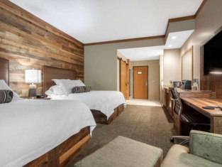 Norfolk Lodge & Suites, an Ascend Hotel Collection Member