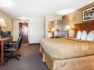 Quality Inn & Suites Middletown - Franklin