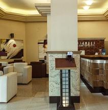 Eskan Hotel Tehran
