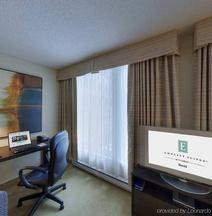 蒙特利尔希尔顿合博套房酒店