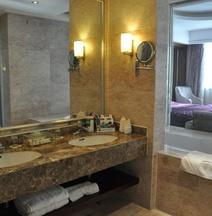 Rensheng Jinghao Hotel