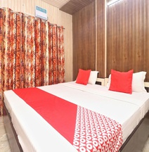 OYO 17306 Hotel Apple Wood