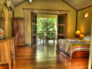 Sukau Proboscis Lodge Bukit Melapi Sandakan