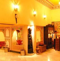 Hotel Fort Chandragupt Jaipur