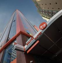 Orange Suites Hotel