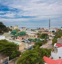 Blue Sky Phu Quoc Hotel