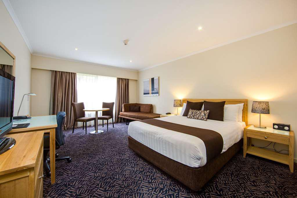 Best Western Plus Hovell Tree Inn