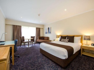 Best Western Plus Hovell Tree Inn