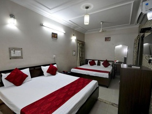 Hotel New SS Residency