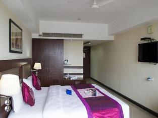 OYO 1651 Hotel Seetal