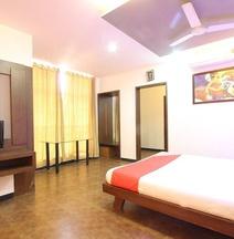 Hotel Revankar Comforts