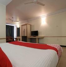 OYO 23182 Hotel Dhammanagi Comforts