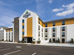 Uptown Suites Extended Stay Tampa FL- Riverview