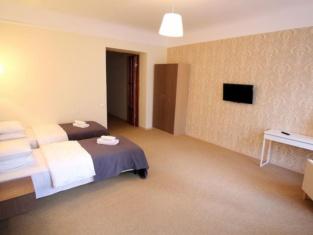 Hotel Dreamfill