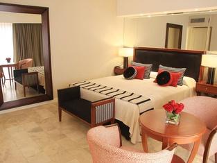 Grand King Hotel