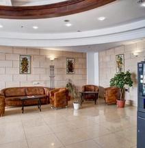Отель «Азимут» Кемерово