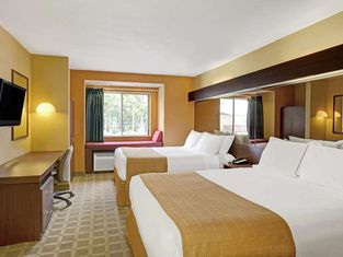 Microtel Inn by Wyndham Lake Norman