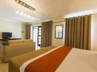 聖多美歐馬里酒店