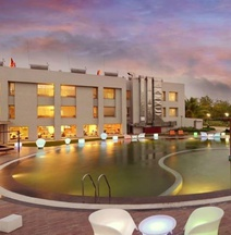 Top3 Lords Resort Bhavnagar
