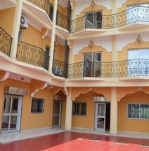 Hotel - Y