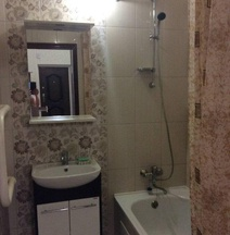 1 Bedroom Apart on Michurinskaya 142