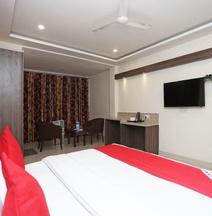 M M Continental Hotel