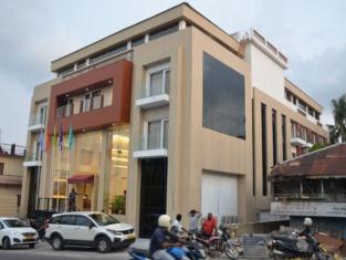 Hotel Mansha Regency