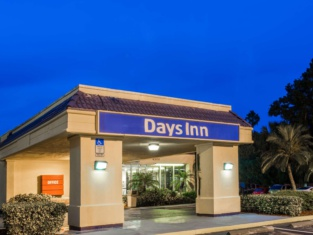 Days Inn by Wyndham Melbourne