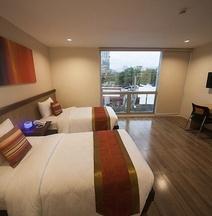 NS Royal Hotel