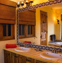 Casa Escalares ~ 3 Bedroom ~ Luxury Private Development ~ Dog Friendly