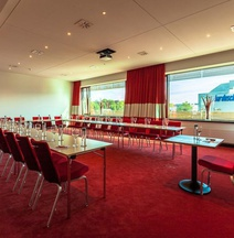Airport Hotel Basel - Convenient & Friendly