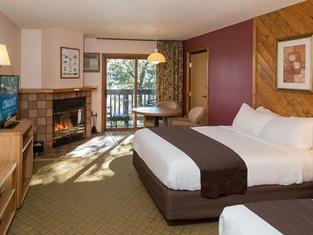 Cragun's Resort & Hotel