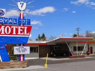 Royal 7 Budget Inn Motel