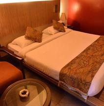 Hotel Sai Palace