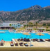 Akti Palace Hotel
