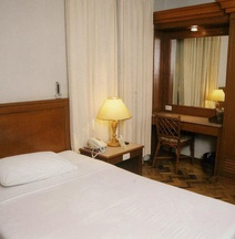 Maxandrea Hotel