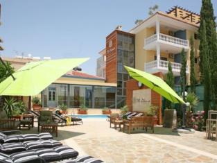 Saint Elena Boutique Hotel