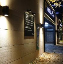 Cheongju LuCe Hotel