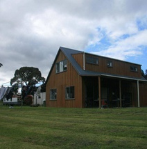 Accommodation at Te Puna Motel and Holiday Park