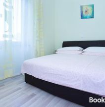 Apartment Ana, 10min From beach, 15min From Center
