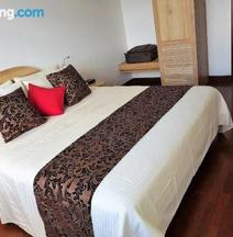 Dynasty Residence Kandy 9-4